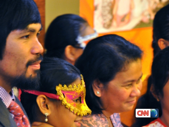 Cecilia Flores-Oebanda and Manny Pacquio are campaigning to end modern-day slavery in the Philippines. (Photo courtesy: CNN)